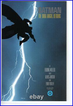 BATMAN THE DARK KNIGHT RETURNS #1 (1986) -Grade 9.4 1st Printing