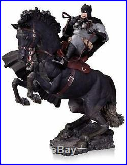 BATMAN The DARK Knight RETURNS A Call to Arms Statue Year of The Horse Edition