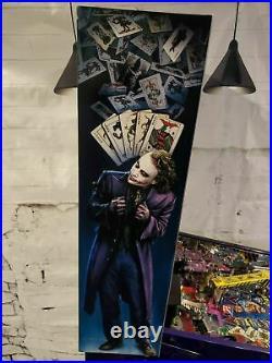 BATMAN The Dark Knight Stern Pinball Machine
