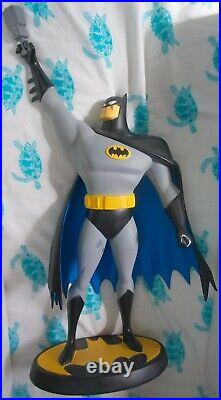 Batman The Animated Series Dark Knight Warner Brothers Store Statue Maquette