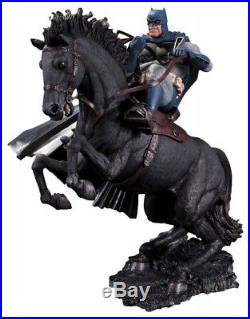 Batman The Dark Knight Returns figurine A Call To Arms 14 5/8in statue 313054