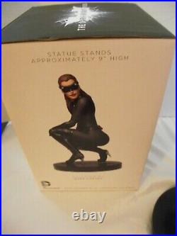 DC COLLECTIBLES THE DARK KNIGHT RISES CATWOMEN 16 SCALE ICON STATUE WithBOX