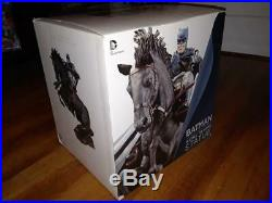 DC Collectibles Batman The Dark Knight Returns A Call To Arms Statue 14.5