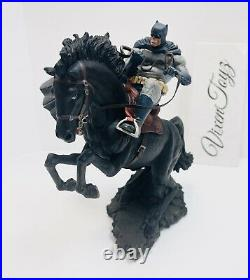 DC Collectibles The Dark Knight Returns A Call to Arms Mini Battle Statue #139