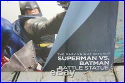 DC Collectibles The Dark Knight Returns Superman VS. Batman Battle Statue NIB
