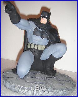 DC Direct Batman & Robinthe Dark Knight Strikes Again Statue #4445 Frank Miller