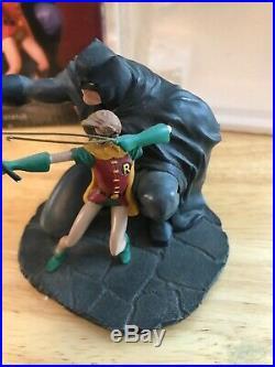 Dc Direct The Dark Knight Returns Porcelain Miniature Statue 4 Batman & Robin