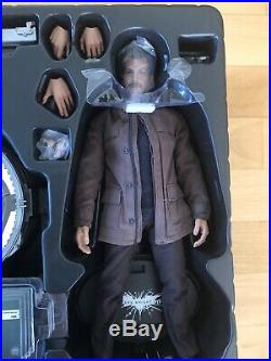 Hot Toys Bat Signal Gordon Blake Batman The Dark Knight Rises 1/6 Collectible