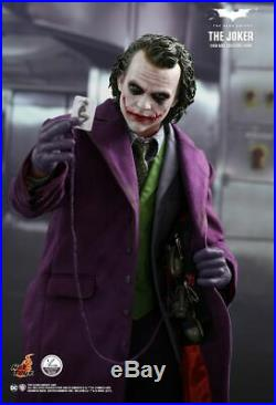 Hot Toys The Dark Knight Joker 1/4 scale collectible figure (Brand New)