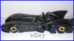 Kenner 1990 Batman The Dark Knight Collection Batmobile Bat mobile & batman