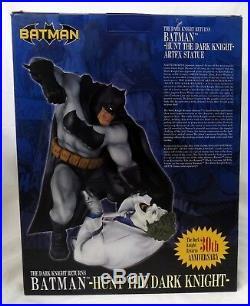 Kotobukiya Art FX DC Batman Hunt the Dark Knight Statue with Box