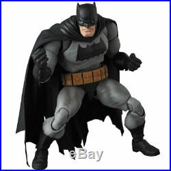 Medicom Toy MAFEX No. 106 MAFEX BATMAN (The Dark Knight Returns)