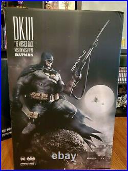 Prime 1 Studio Batman Dark Knight III The Master Race (Comics) Deluxe Version
