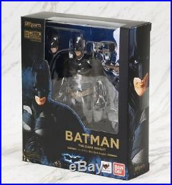 S. H. Figuarts The Dark Knight Batman & Bat-Pod action figure Bandai Tamashii