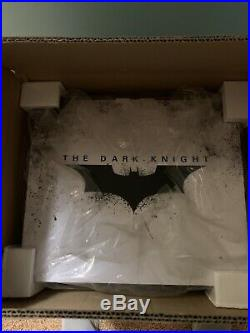 Sideshow Batman The Dark Knight 1/4 Premium Format Figure/Statue New In Box