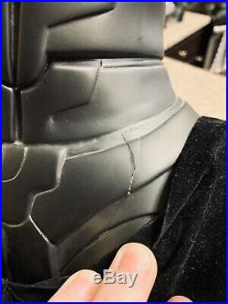 Sideshow Collectibles Batman The Dark Knight Lifesize Bust