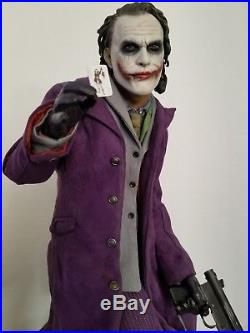 Sideshow Collectibles premium format EXCLUSIVE The Dark Knight Joker and Batman