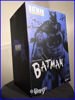 Sideshow and Prime 1 Studio The Dark Knight Returns Batman Exclusive statue