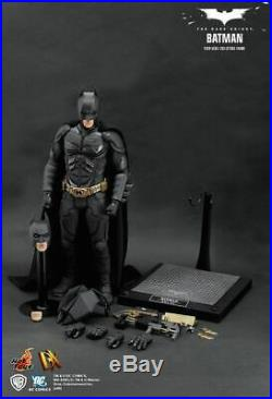 The Dark Knight Batman 1/6TH Scale Collectible Figure DX02 Hot Toys