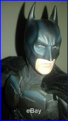 The Dark Knight Batman Premium 1/4 Scale Statue SIDESHOW