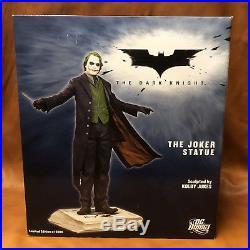 The Dark Knight Joker Statue Batman DC Direct Heath Ledger NEW NEVER DISPLAYED