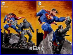 The Dark Knight Returns Batman Vs Superman Mini Battle Statue DC Collectible