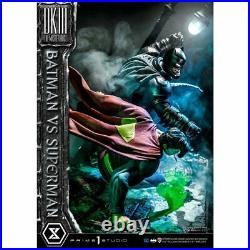 The Dark Knight Returns Batman vs Superman Ultimate Diorama Masterline 1/3 Scale