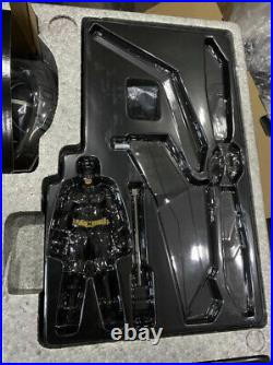 The Dark Knight Rises MMSC002 THE BAT 1/12th Scale DELUXE Collectible Set